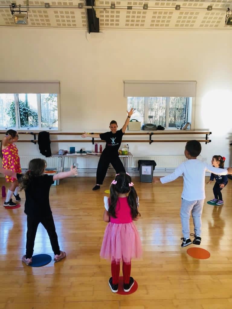 Children dancing at dance party